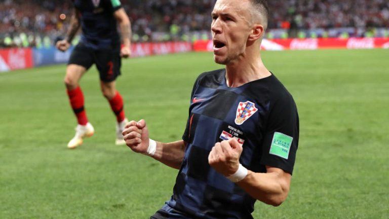 Naprijed Vatreni, naprijed Hrvatska!