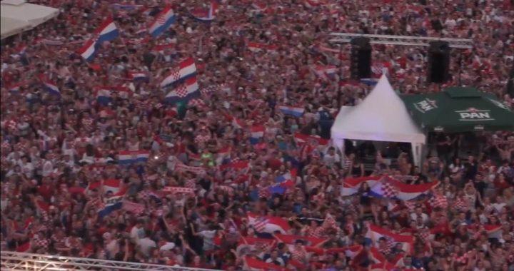 """Snimka s vrha bivše Vame – 10.000 ljudi pjeva """"Moja domovina"""""""