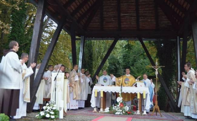 Biskup Šaško: Uznesenje je slavlje ljudskosti i slobode