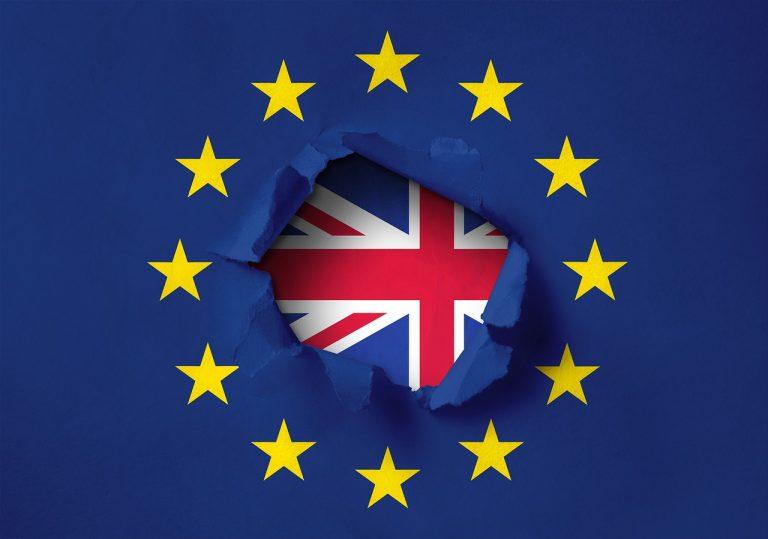 Raspleti brexita: Podrška, pobuna ili pad?