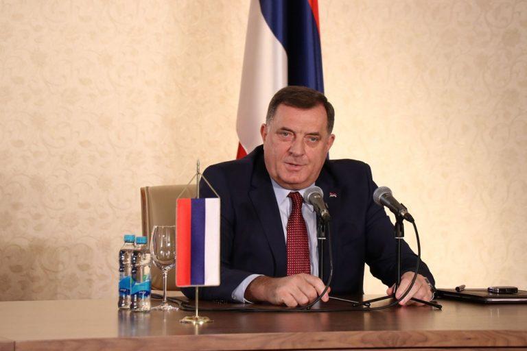"""Dodik: Inicijativa za promjenu imena Republike Srpske mogla bi dovesti do """"razdruživanja"""" BiH"""