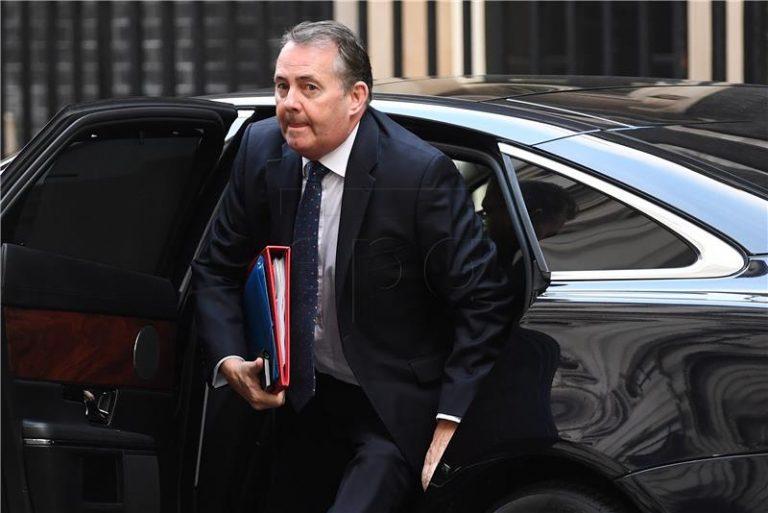 Ministar Fox parlamentu: Ne otimajte Brexit