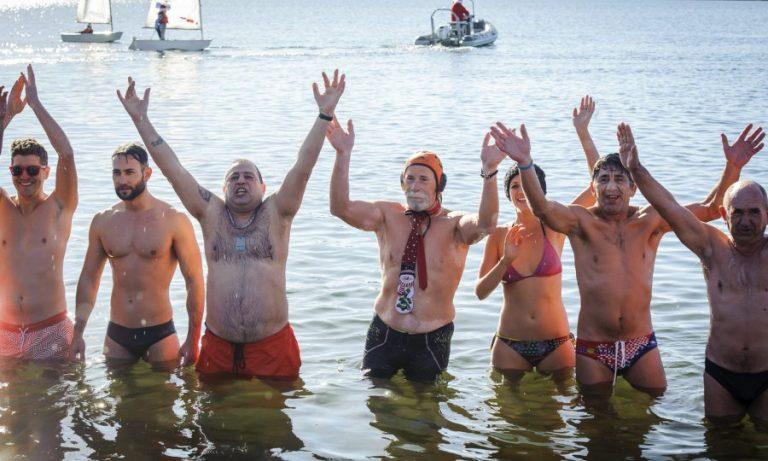 Novogodišnje kupanje na Banju s ekološkom porukom