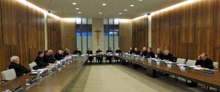 Počelo Izvanredno zasjedanje HBK u Zagrebu