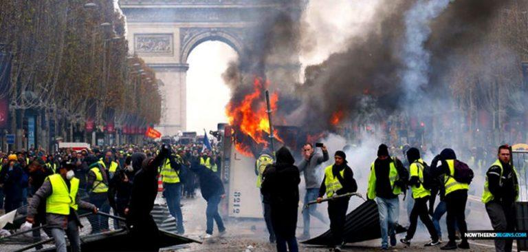 U Francuskoj prosvjeduje 84.000 ŽUTIH PRSLUKA
