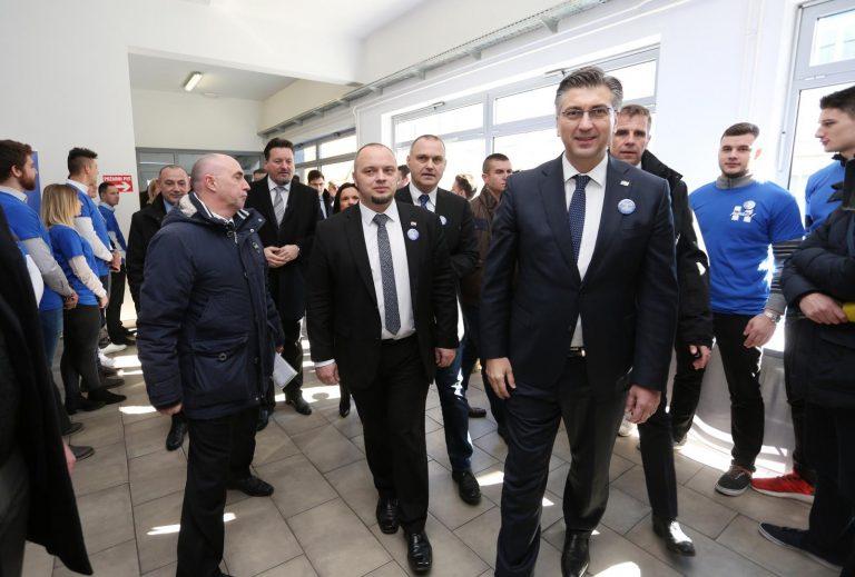 Plenković predstavio listu; Milinović: Postići ćete najlošiji rezultat u povijesti