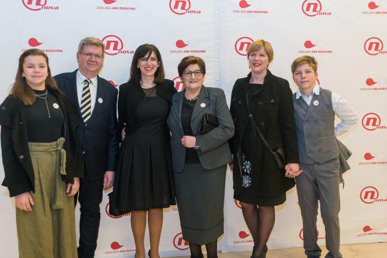Održan Koncert za život u sjećanje na Anu Rukavinu i maestra Šuteja