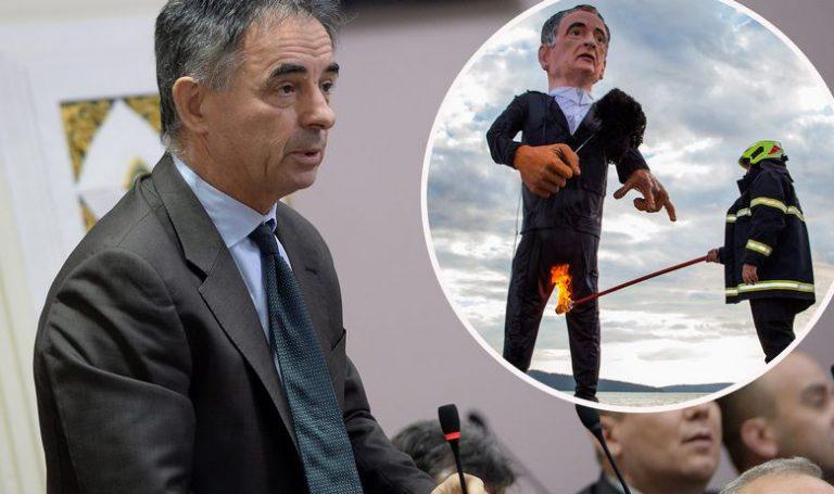 """""""Duboko sam povrijeđen spaljivanjem lutke s mojim likom. Ovo je poticanje na nasilje"""""""