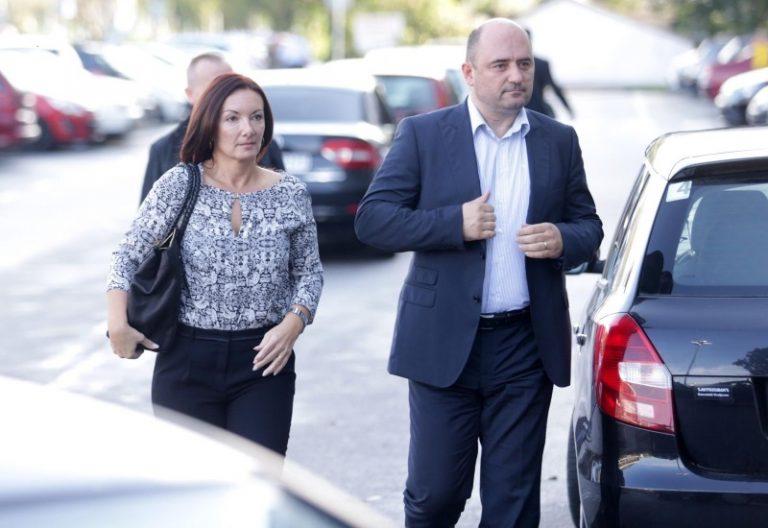 Karmen Brkić pozvala da se  prekinu svi protuzakoniti i  neljudski nasrtaji na nju, djecu i obitelj