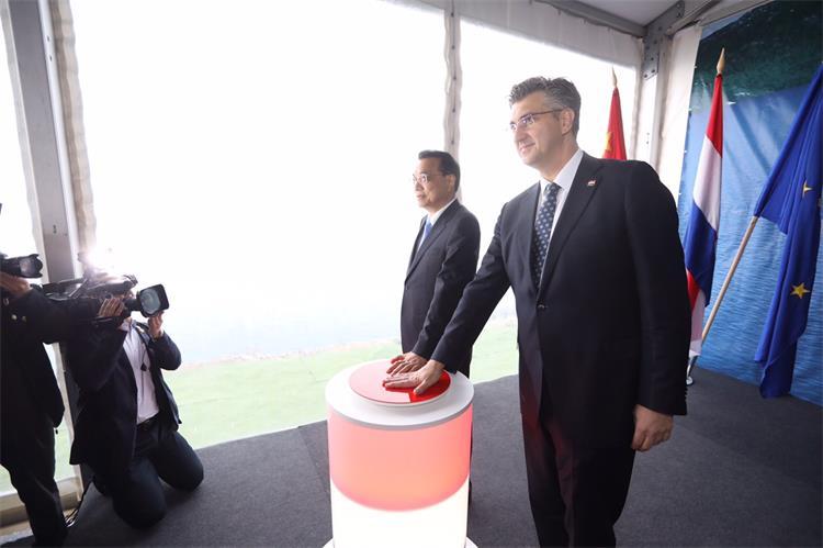 Plenković i Li Keqiang na gradilištu: Pelješkim mostom počinje novo razdoblje odnosa Hrvatske i Kine
