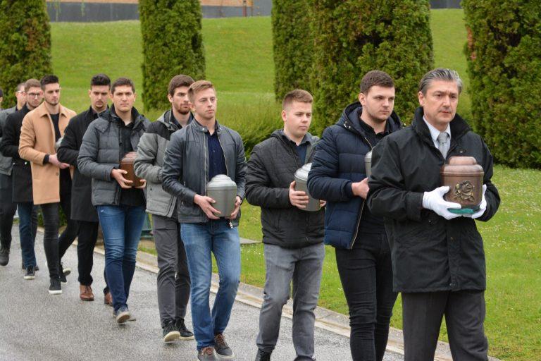 Svečani ispraćaj pokojnika koji su svoja tijela darovali studentima Medicinskog fakulteta