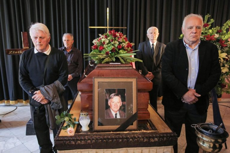 Tijekom pogreba provalili u stan preminule Dinamove legende