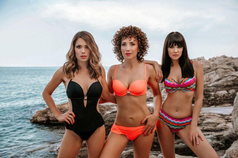 Glumice Lana Gojak i Ecija Ojdanić pokazale zamamna tijela u kupaćem kostimu