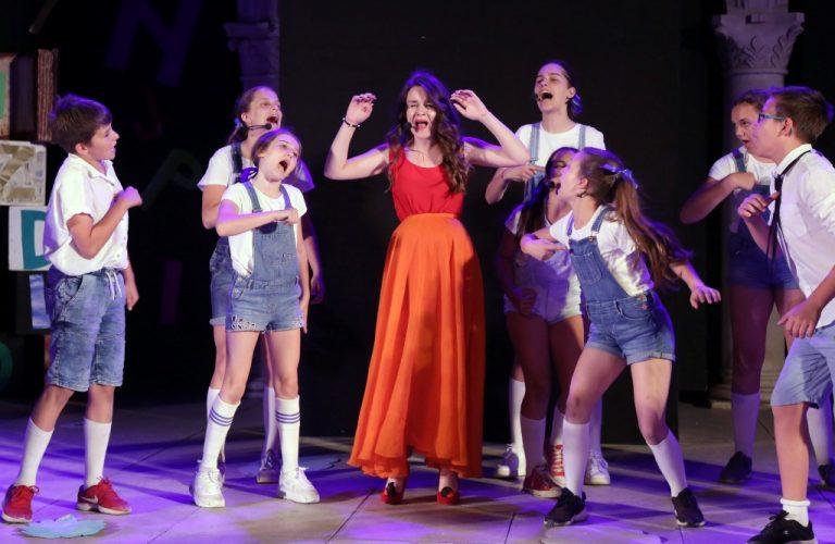 Mjuziklom 'Djevojčica koja je previše čitala' završen 59. Međunarodni dječji festival u Šibeniku