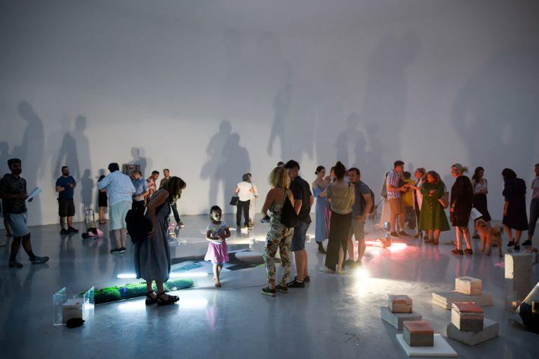 Otvorena izložba ISLAND OF INANNA / Foto!