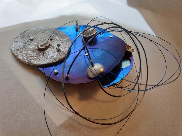 Tematska izložba umjetničkog nakita – Čovjek na Mjesecu / Man on the Moon