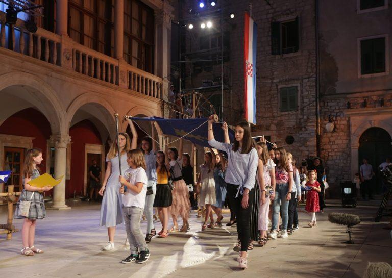 Otvoren 59. Međunarodni dječji festival u Šibeniku / Foto, Program 1. dana!