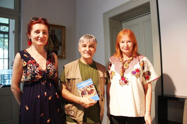 Hrvatski pjesnici na rumunjskom