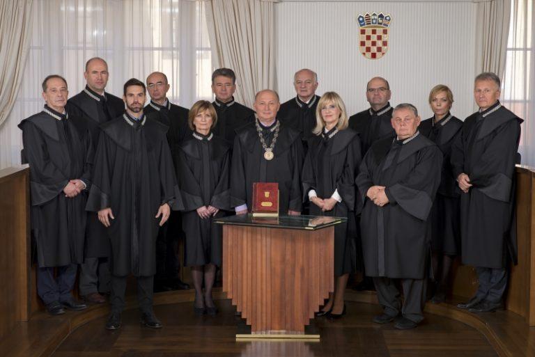 Trenutni saziv Ustavnog suda je nelegalan i neustavan?