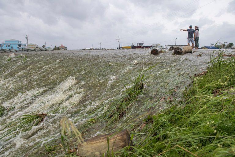 Tropska oluja Barry ojačala u uragan te se približava Louisiani