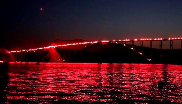 Bakljada na Krčkom mostu povodom obilježavanja Dana pobjede