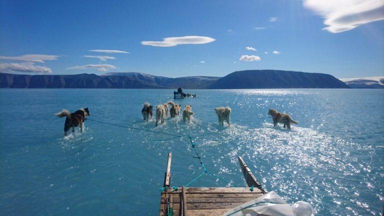 Otapanje leda na Grenlandu