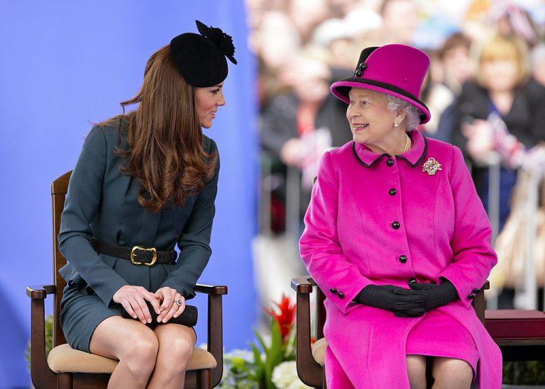 Kraljica Elizabeta prigovara zbog Kateinog načina života prije udaje