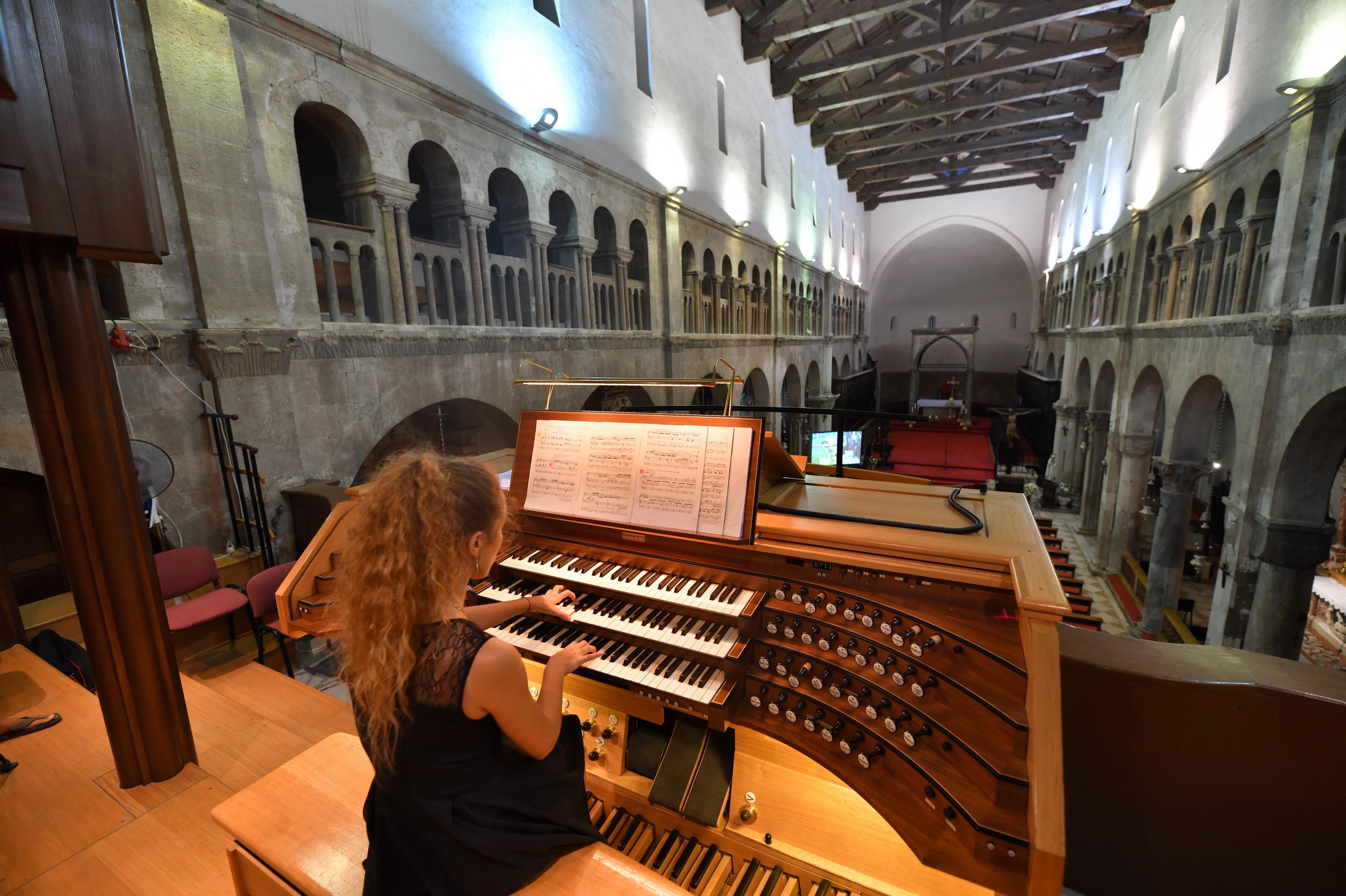 Zadar Organ Festival: Rasplesane orgulje Tee Kulaš [razgovara Nikola Šimić Tonin]