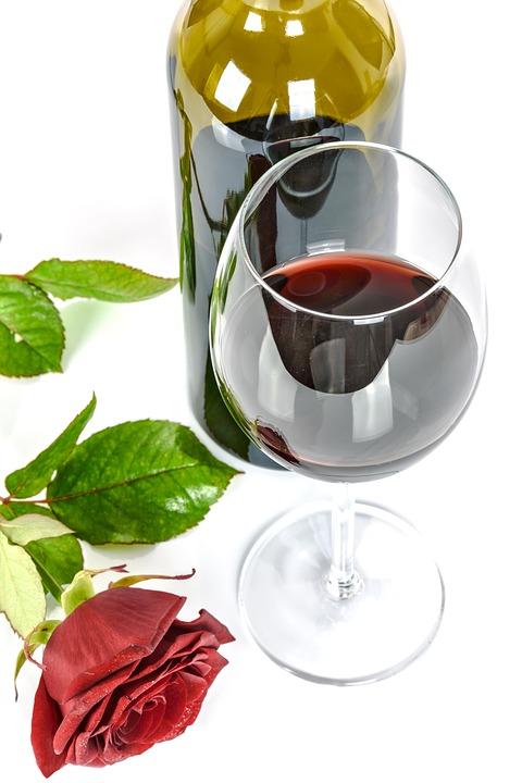 Crno vino – efekt sličan  zdravoj prehrani i tjelovježbi