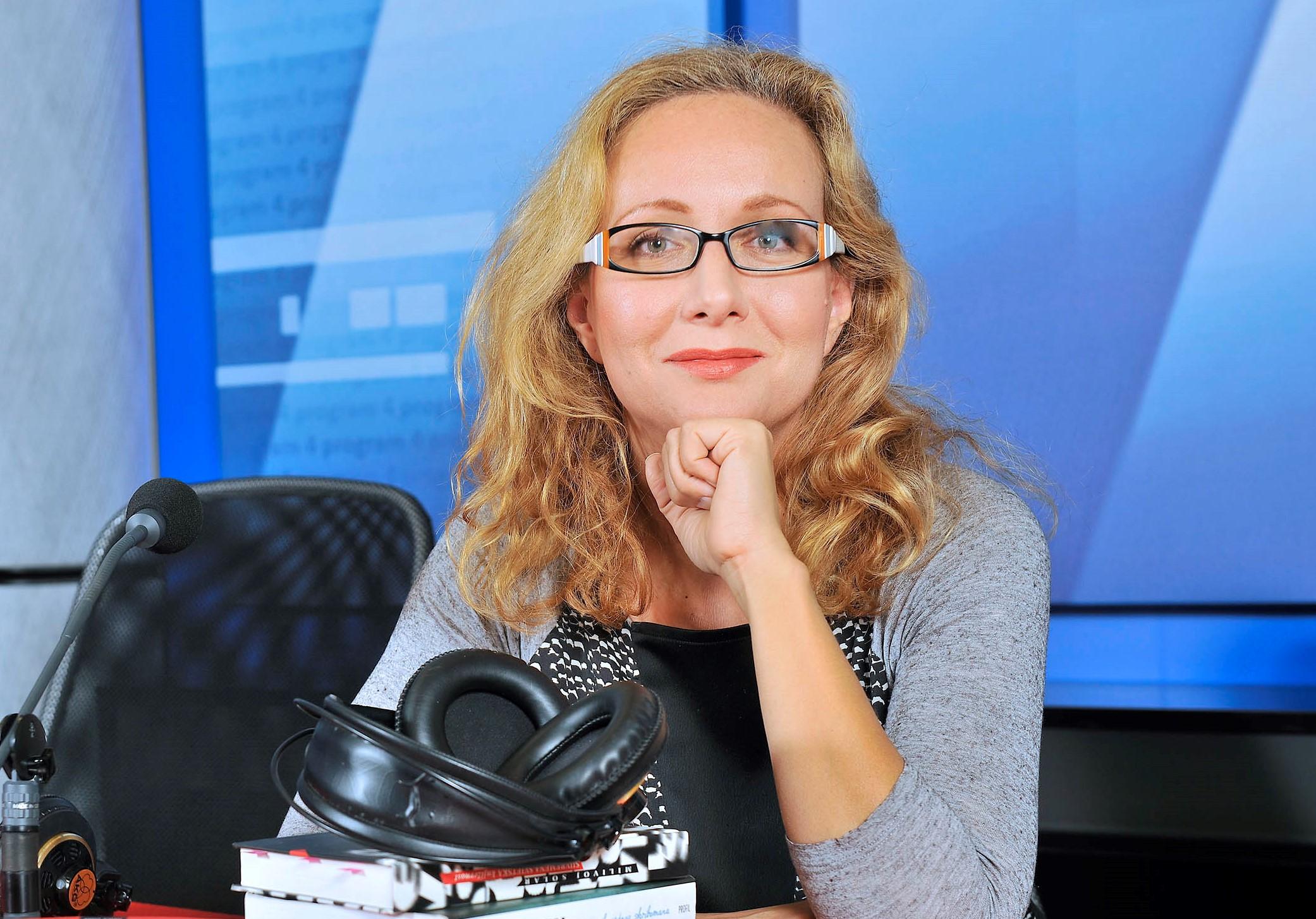 Mali ženski razgovori sa voditeljicom emisije Kutija slova na Hrvatskom radiju, novinarkom Karolinom Lisak Vidović