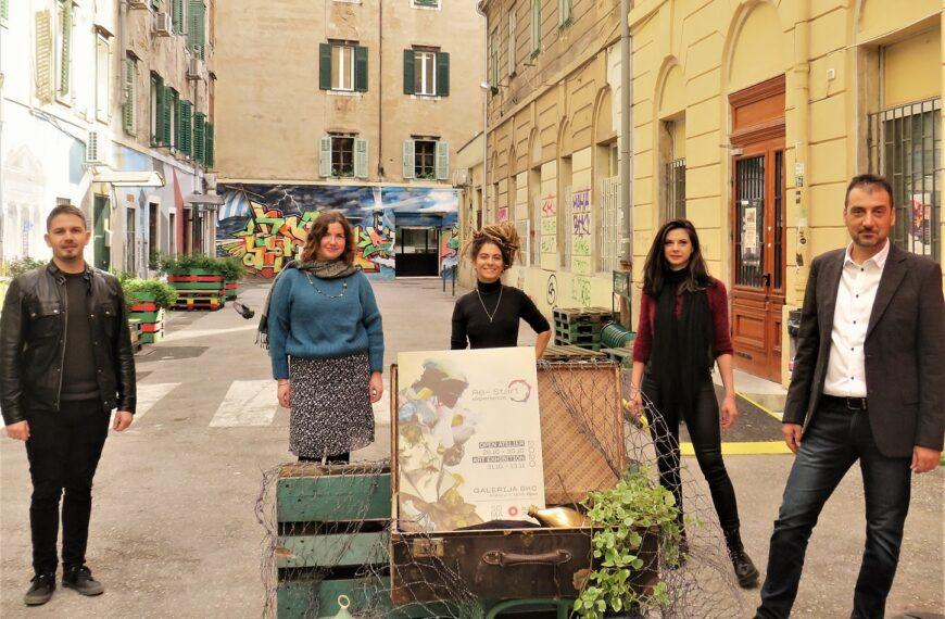 Umjetnički radovi na temu uloge otpada i konzumerizma u galeriji SKC i na ulicama Rijeke