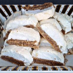 Bijele ploške s orasima