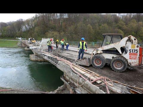 Radovi na mostu preko rijeke Dobre