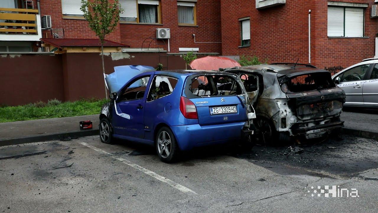 Tijekom noći iz neutvrđenog razloga gorjelo više parkiranih vozila