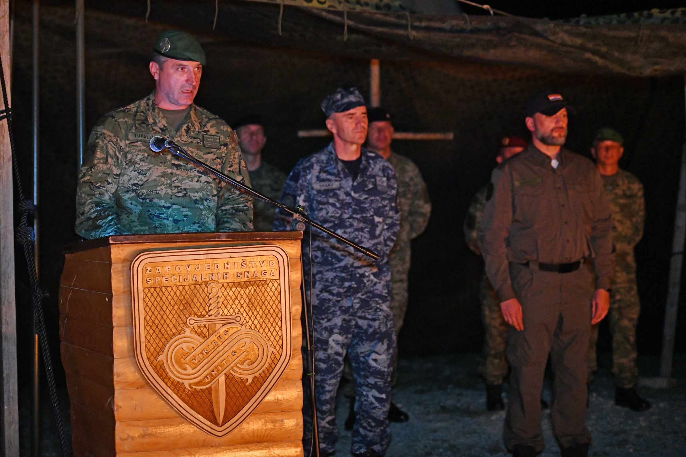 U vojarni na Udbini održana svečana commando prisega