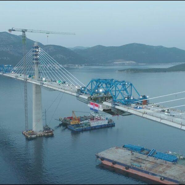 Spojen je Pelješki most