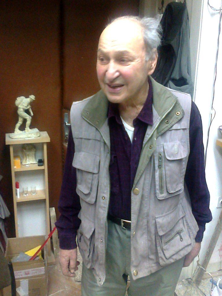 Susret u atelijeru – akademski kipar Josip Marinović