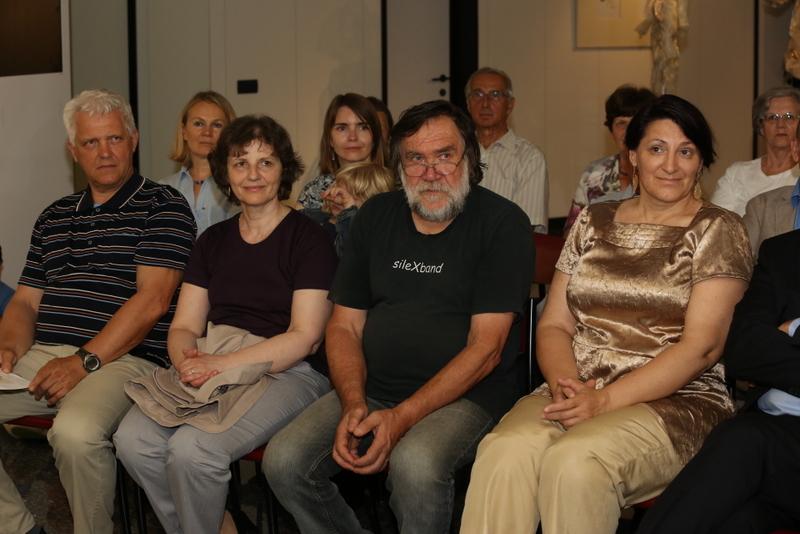 Uz mene sjedi likovni kritičar i muzeolog Jožef Matijević